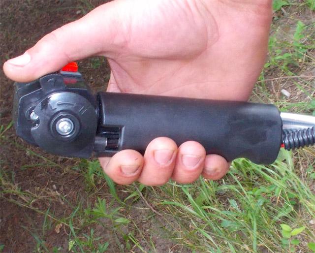 рукоять с плавной регулировкой газом Hausgarten BC-139